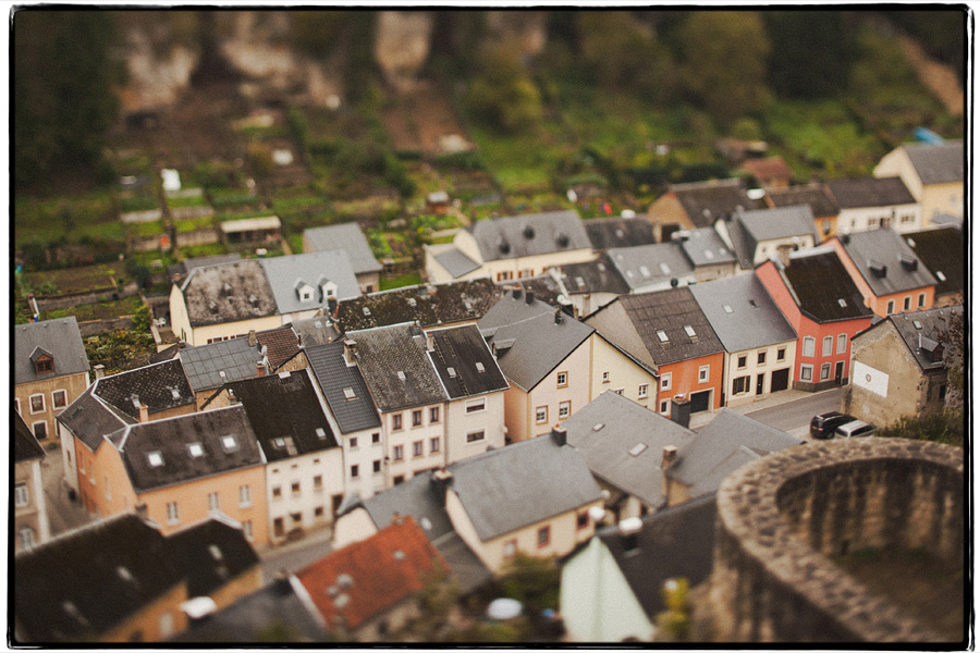 aLUXEMBOURG-12341 LUXEMBOURG