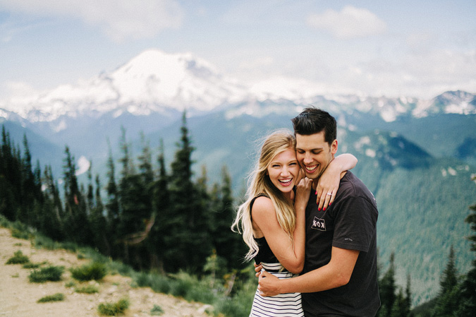 ALEX+ANJE-blog-17 MOUNT RAINIER VIEW MOUNTAINTOP PROPOSAL