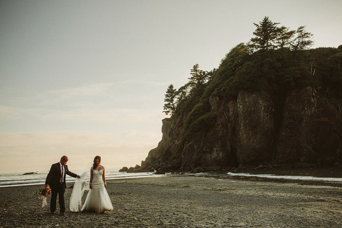IVY+ALEX-blog-149 RUBY BEACH WEDDING PORTRAITS