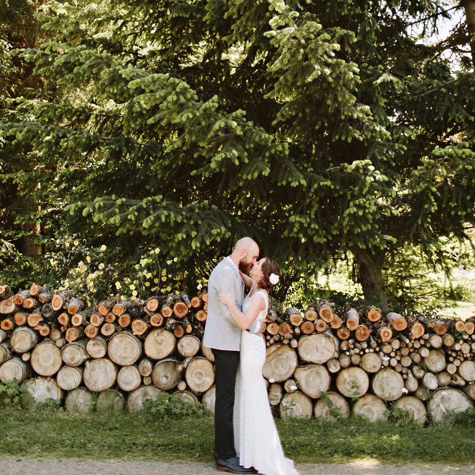 alanathom-18-1 MT HOOD ORGANIC FARM WEDDING