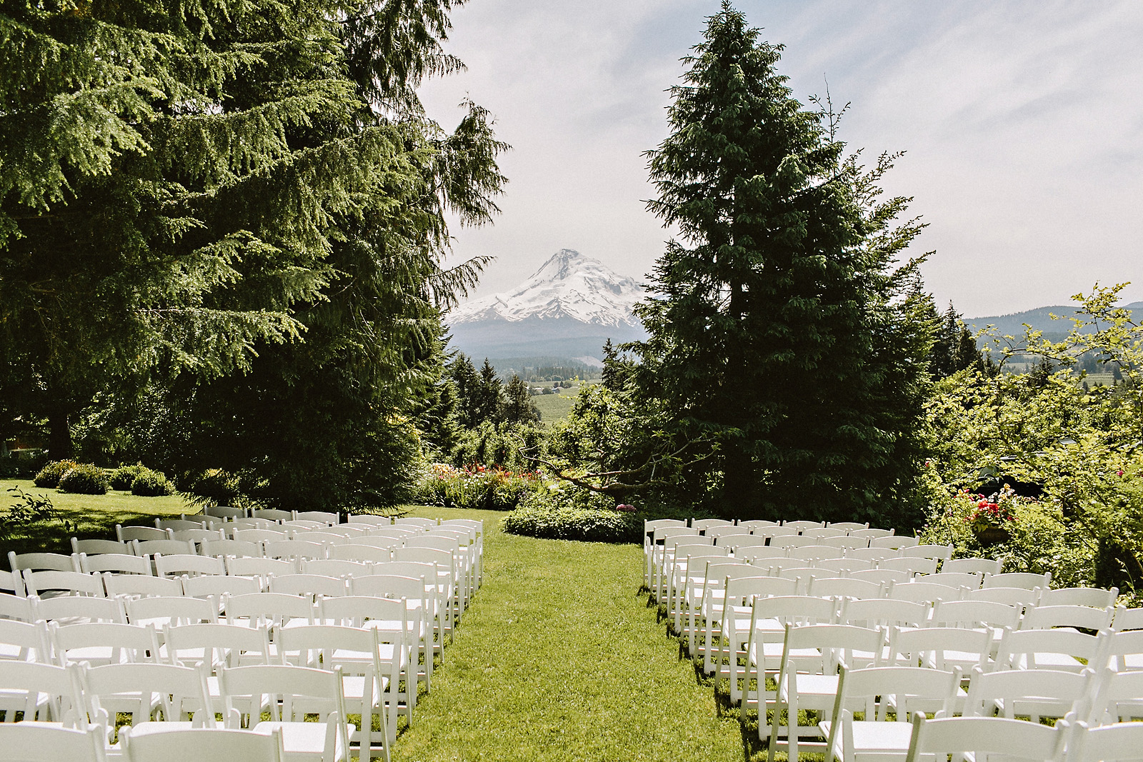 alanathom-23 MT HOOD ORGANIC FARM WEDDING