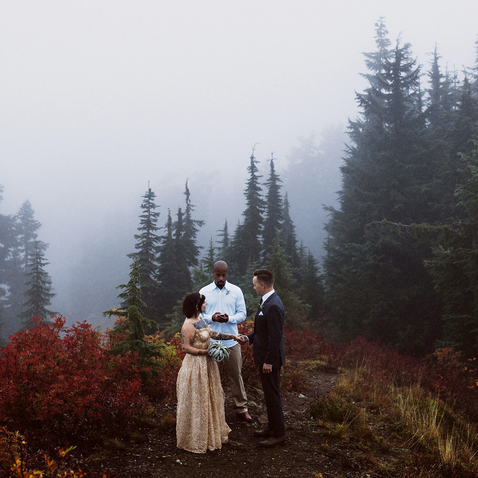 kelsiematt-34 EVERGREEN FIRE LOOKOUT ELOPEMENT