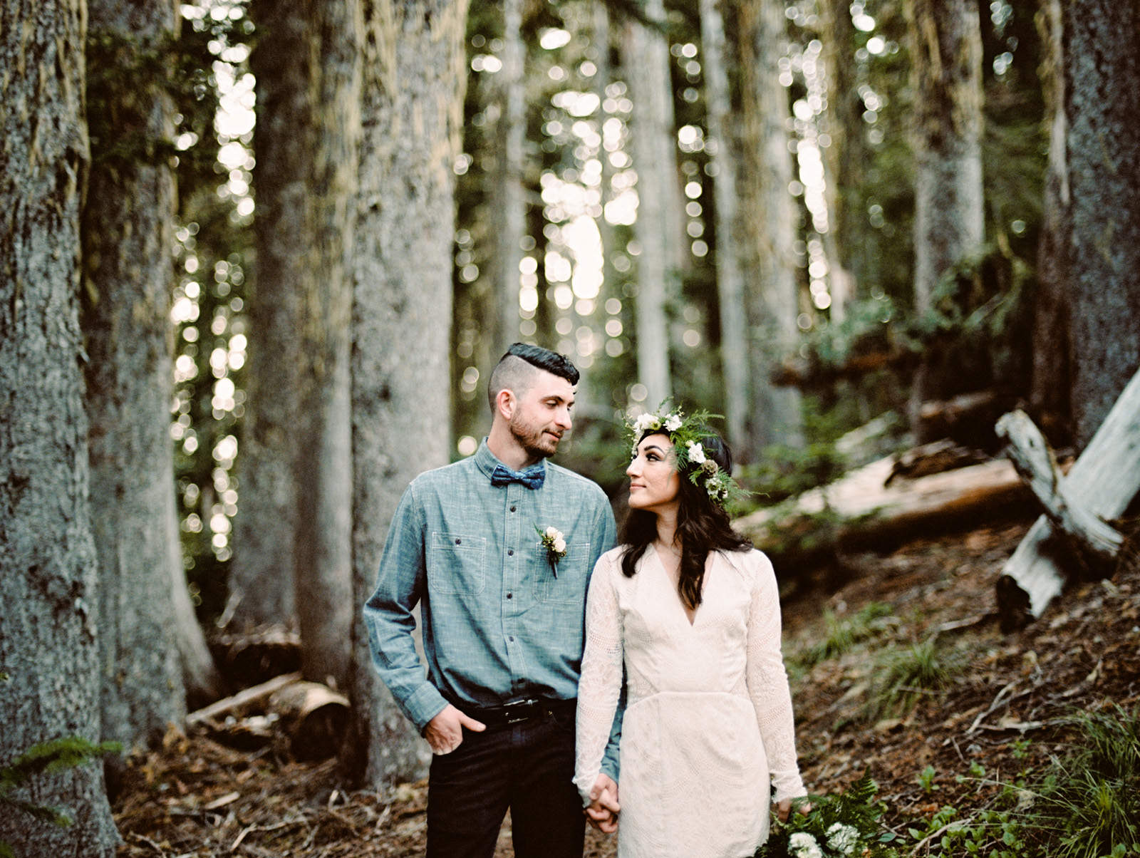 katelynnethan-blog-16 MOUNT RAINIER LOOKOUT ELOPEMENT