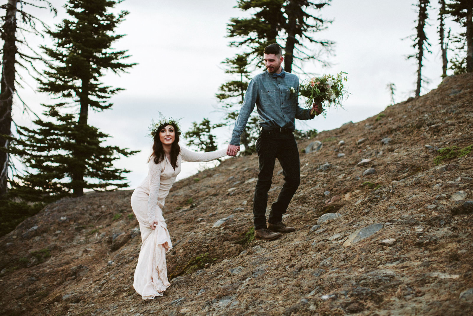 katelynnethan-blog-22 MOUNT RAINIER LOOKOUT ELOPEMENT