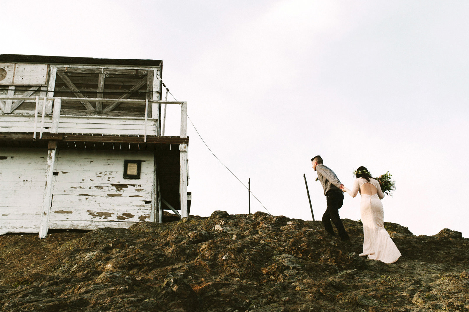 katelynnethan-blog-27 MOUNT RAINIER LOOKOUT ELOPEMENT