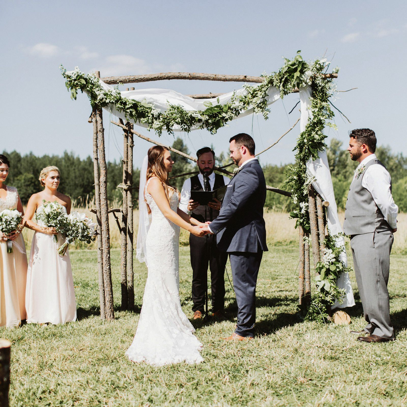 drewtiawna-blog-22 YELLOW BARN WEDDING