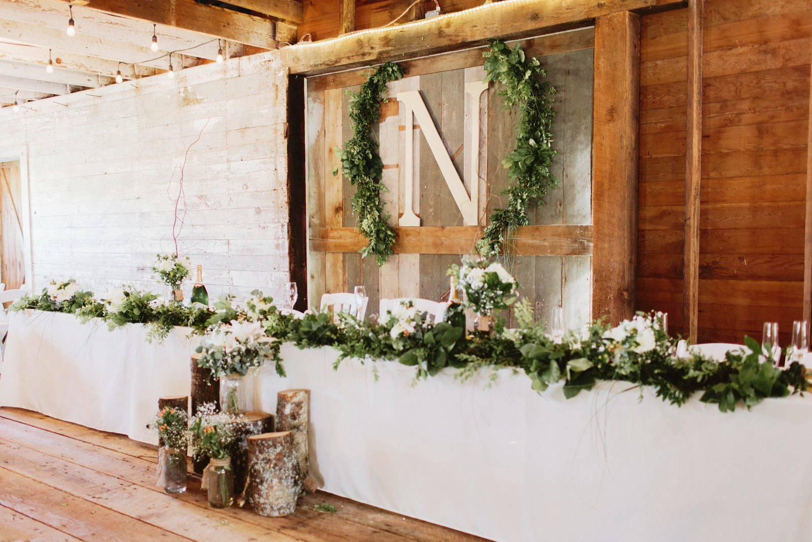 drewtiawna-blog-30 YELLOW BARN WEDDING