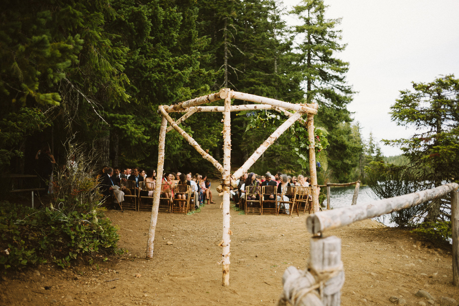 zanny-noah-047 LAKE CUSHMAN WEDDING