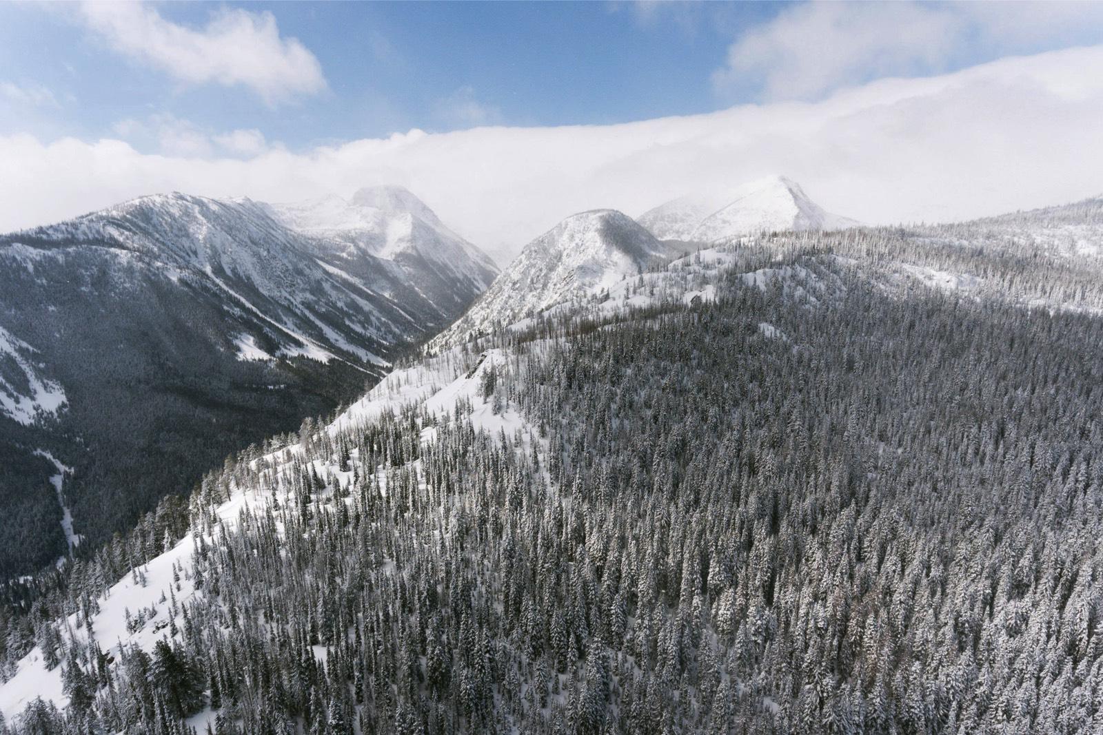 alpine-lakes-high-camp-winter-wedding-01 ALPINE LAKES HIGH CAMP WEDDING