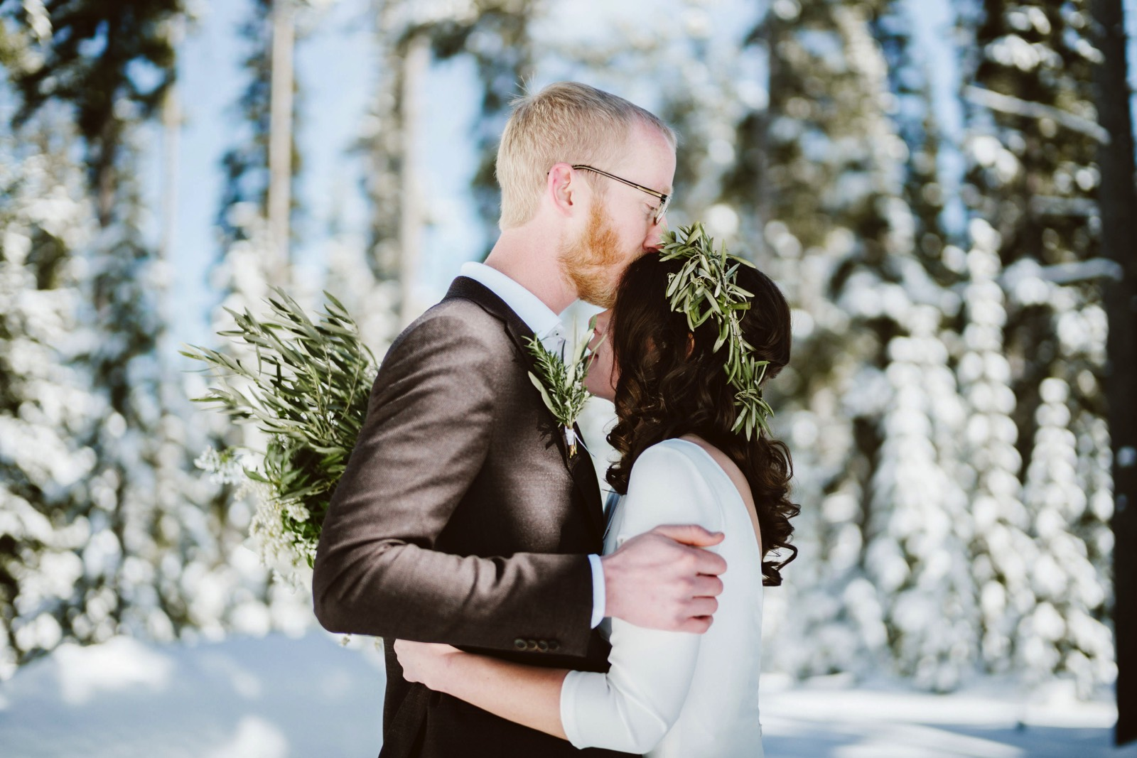 alpine-lakes-high-camp-winter-wedding-19 ALPINE LAKES HIGH CAMP WEDDING