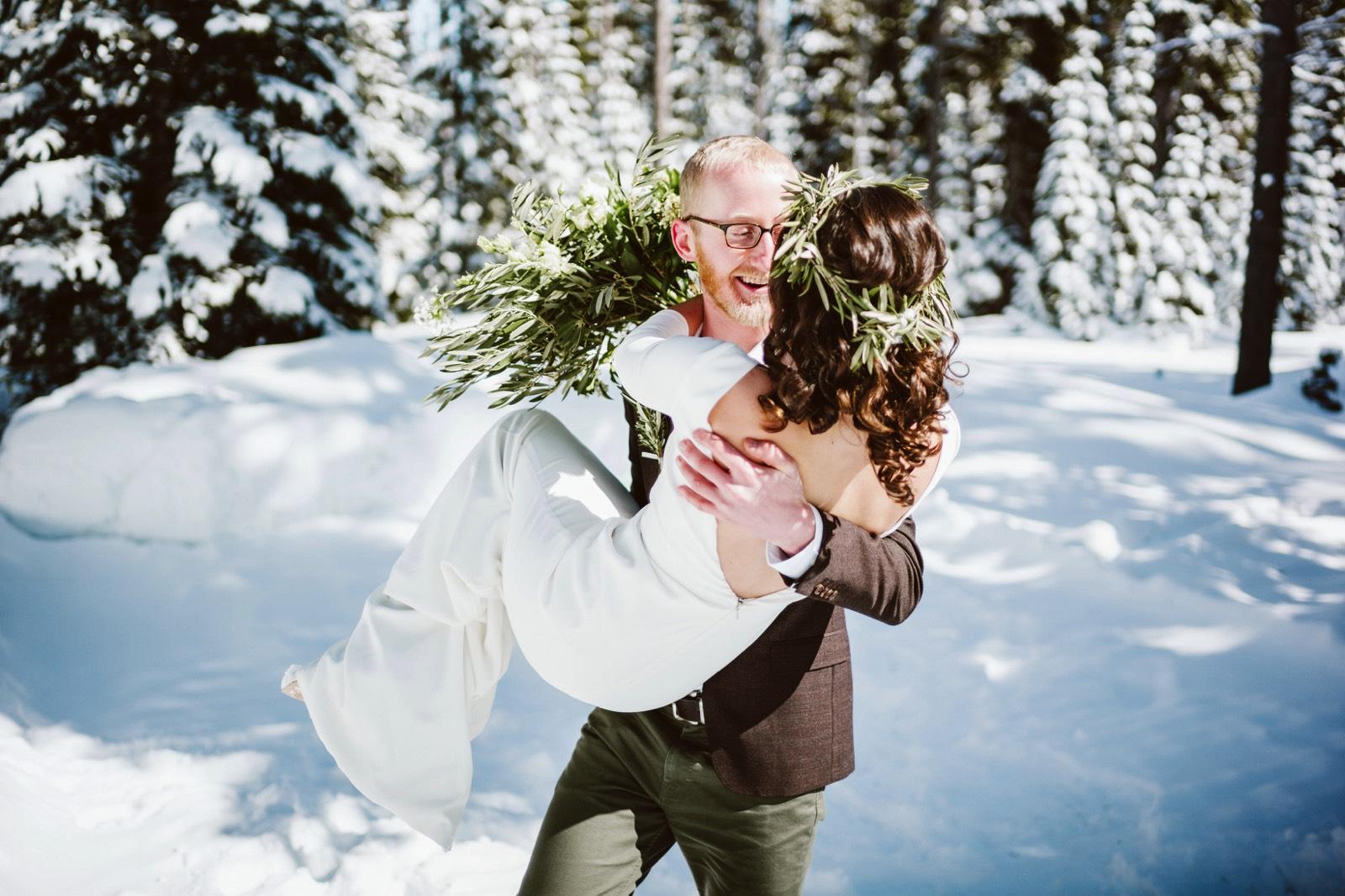 alpine-lakes-high-camp-winter-wedding-20 ALPINE LAKES HIGH CAMP WEDDING
