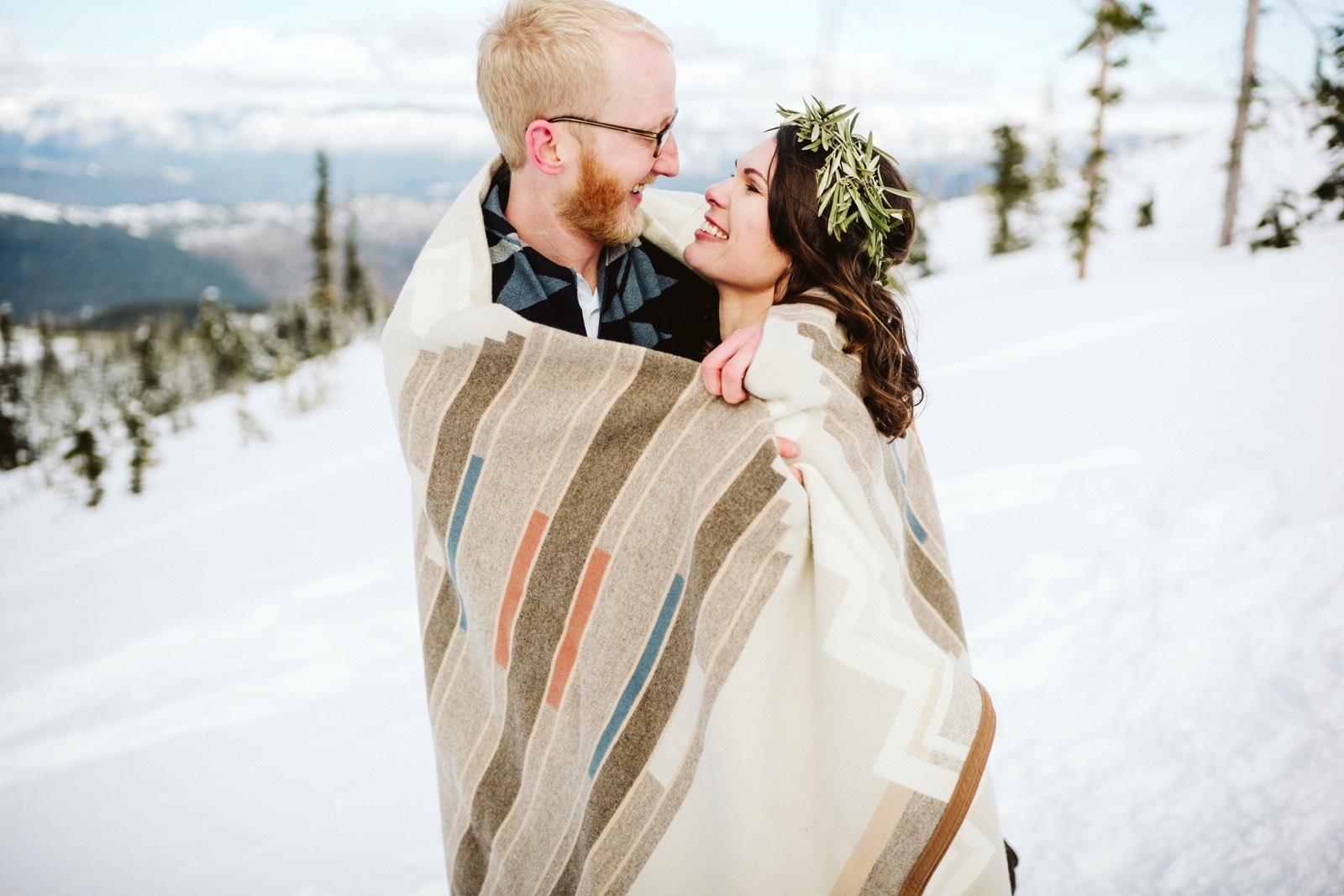 alpine-lakes-high-camp-winter-wedding-52 ALPINE LAKES HIGH CAMP WEDDING