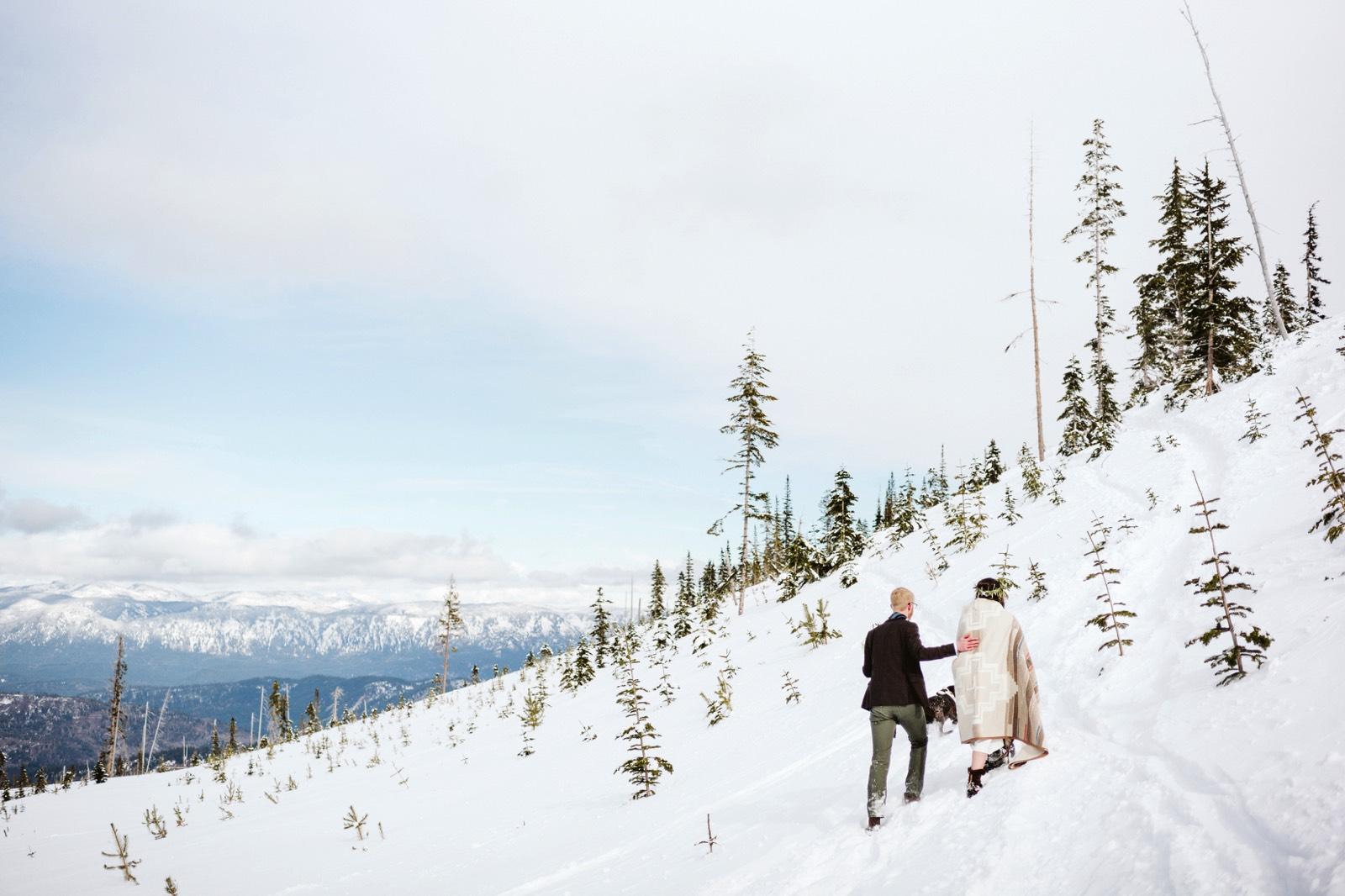 alpine-lakes-high-camp-winter-wedding-57 ALPINE LAKES HIGH CAMP WEDDING
