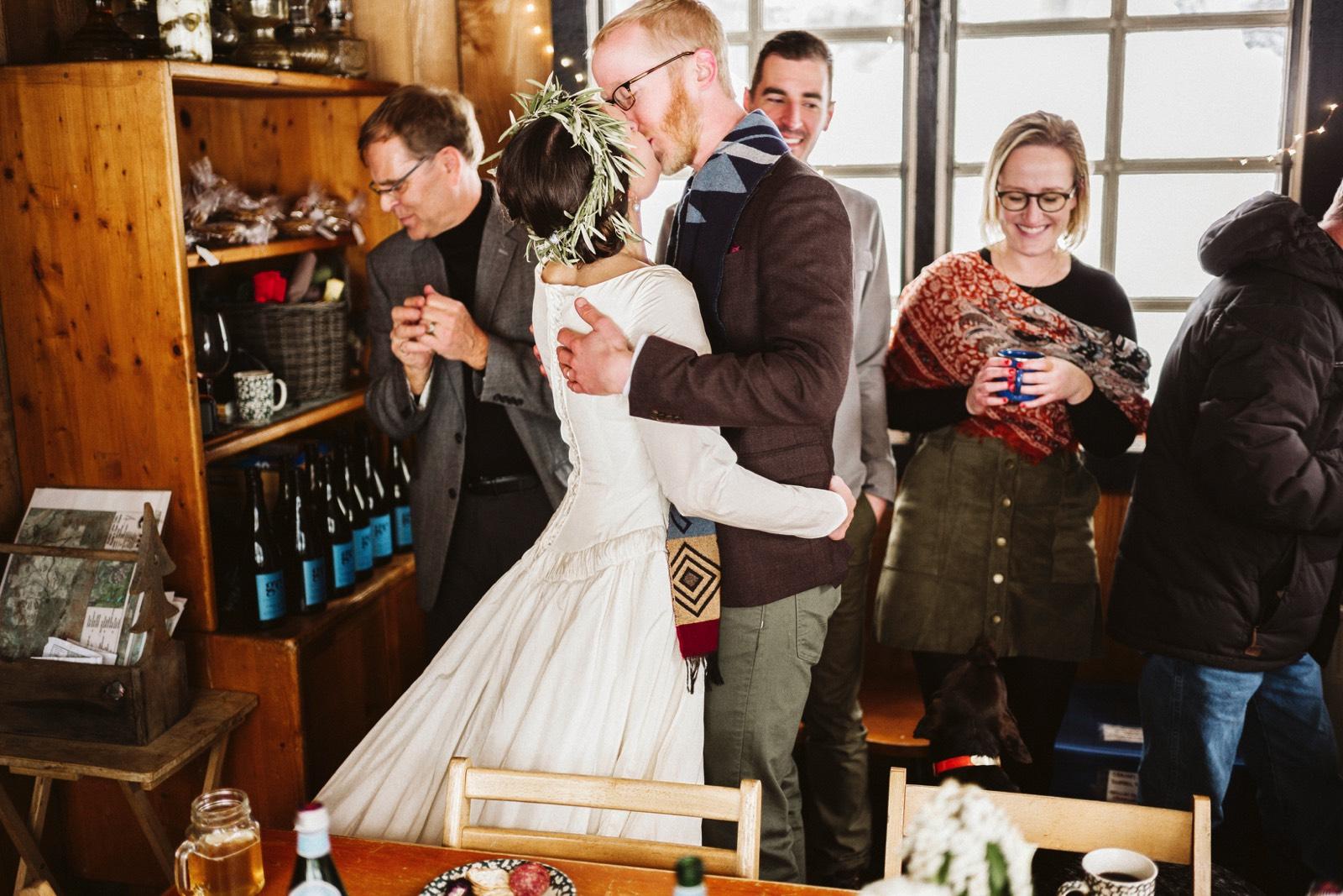 alpine-lakes-high-camp-winter-wedding-71 ALPINE LAKES HIGH CAMP WEDDING