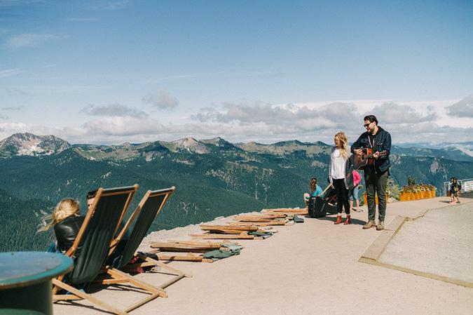 ALEX+ANJE-blog-06 MOUNT RAINIER VIEW MOUNTAINTOP PROPOSAL