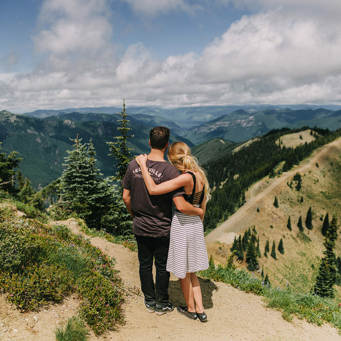ALEX+ANJE-blog-29 MOUNT RAINIER VIEW MOUNTAINTOP PROPOSAL