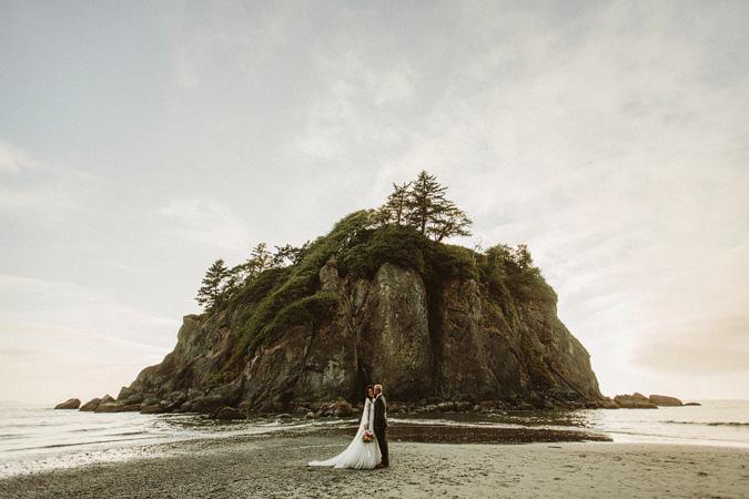 IVY+ALEX-blog-147 RUBY BEACH WEDDING PORTRAITS