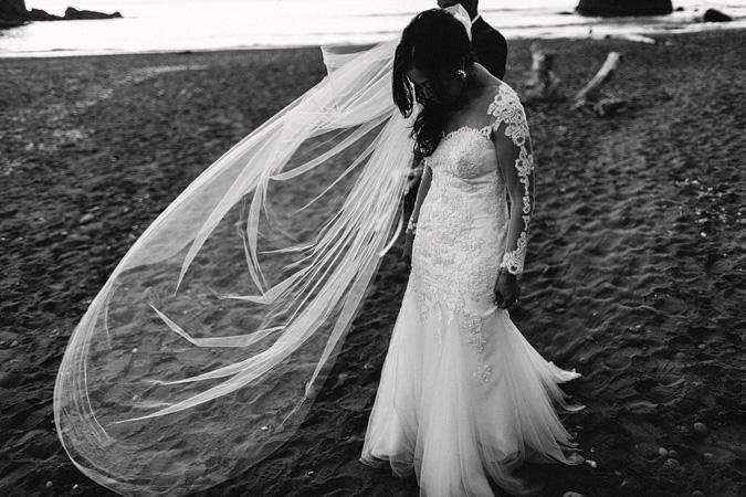 IVY+ALEX-blog-158 RUBY BEACH WEDDING PORTRAITS