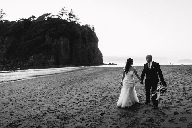 IVY+ALEX-blog-159 RUBY BEACH WEDDING PORTRAITS