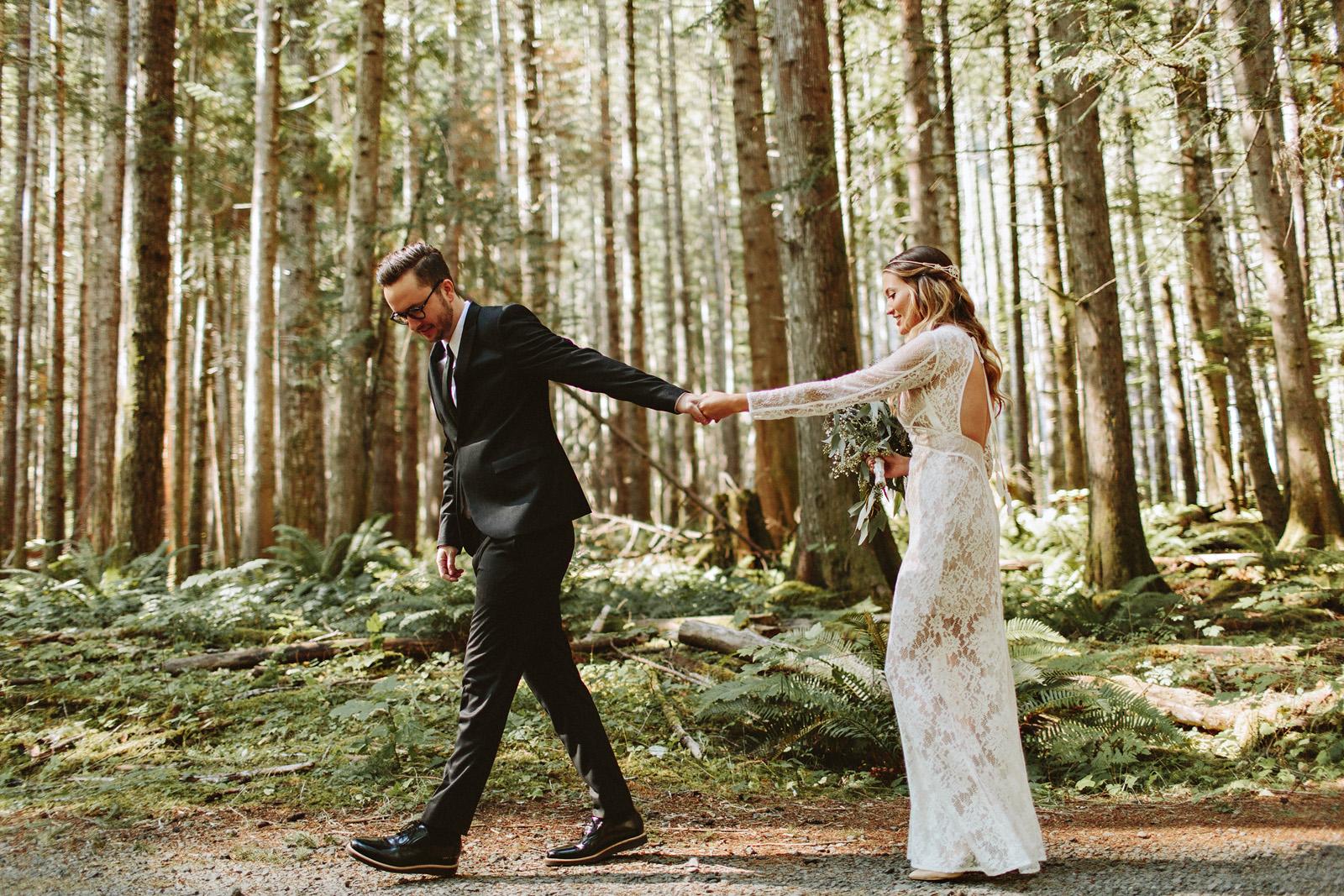 bethany-cory-025 LAKE CUSHMAN CAMPING WEDDING