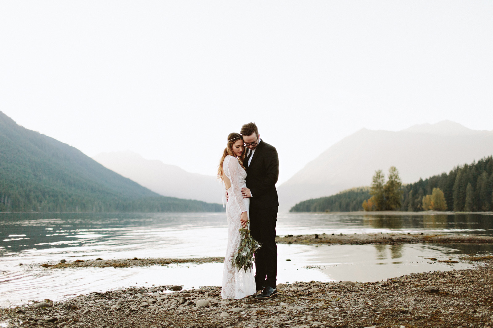 bethany-cory-092 LAKE CUSHMAN CAMPING WEDDING