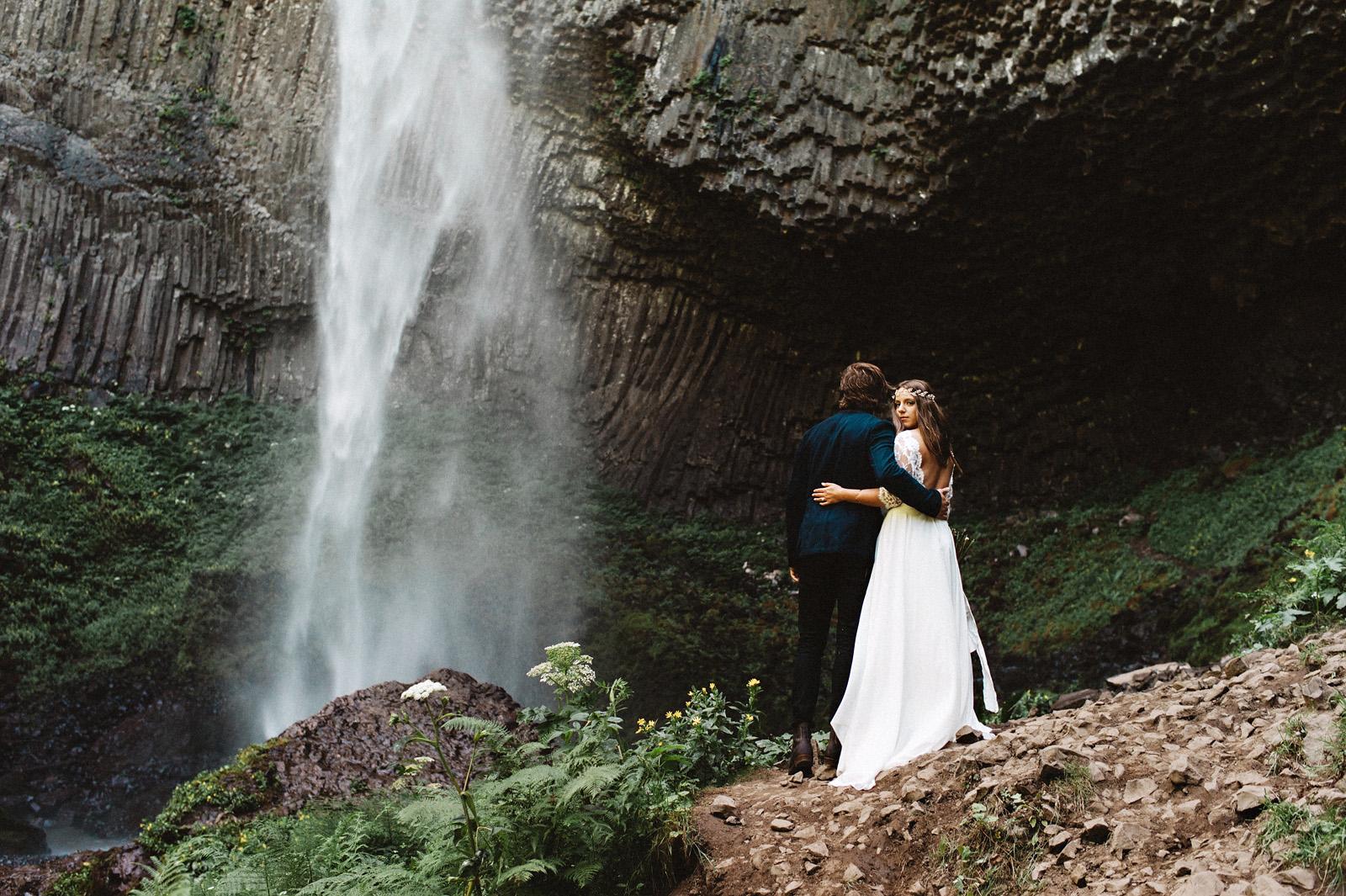 anna-gregory-029 PORTLAND WEDDING