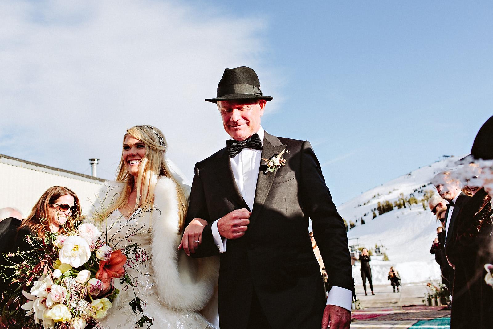 sarahjohn-065 MAMMOTH MOUNTAIN WEDDING