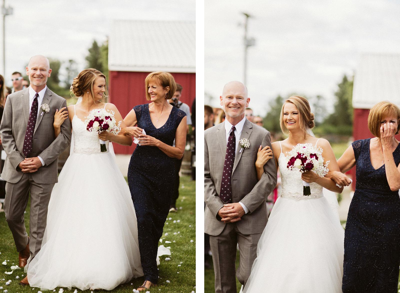 jacobregan-blog-16 SCHILLER FAMILY FARM WEDDING