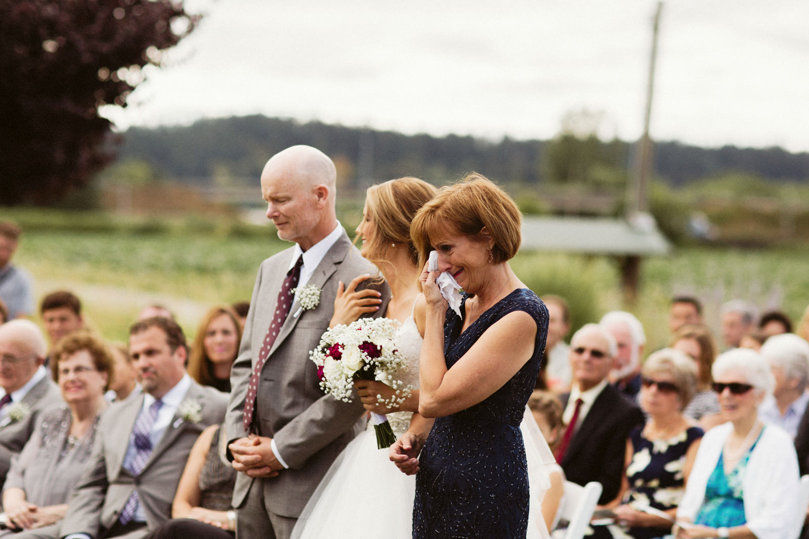 jacobregan-blog-17 SCHILLER FAMILY FARM WEDDING