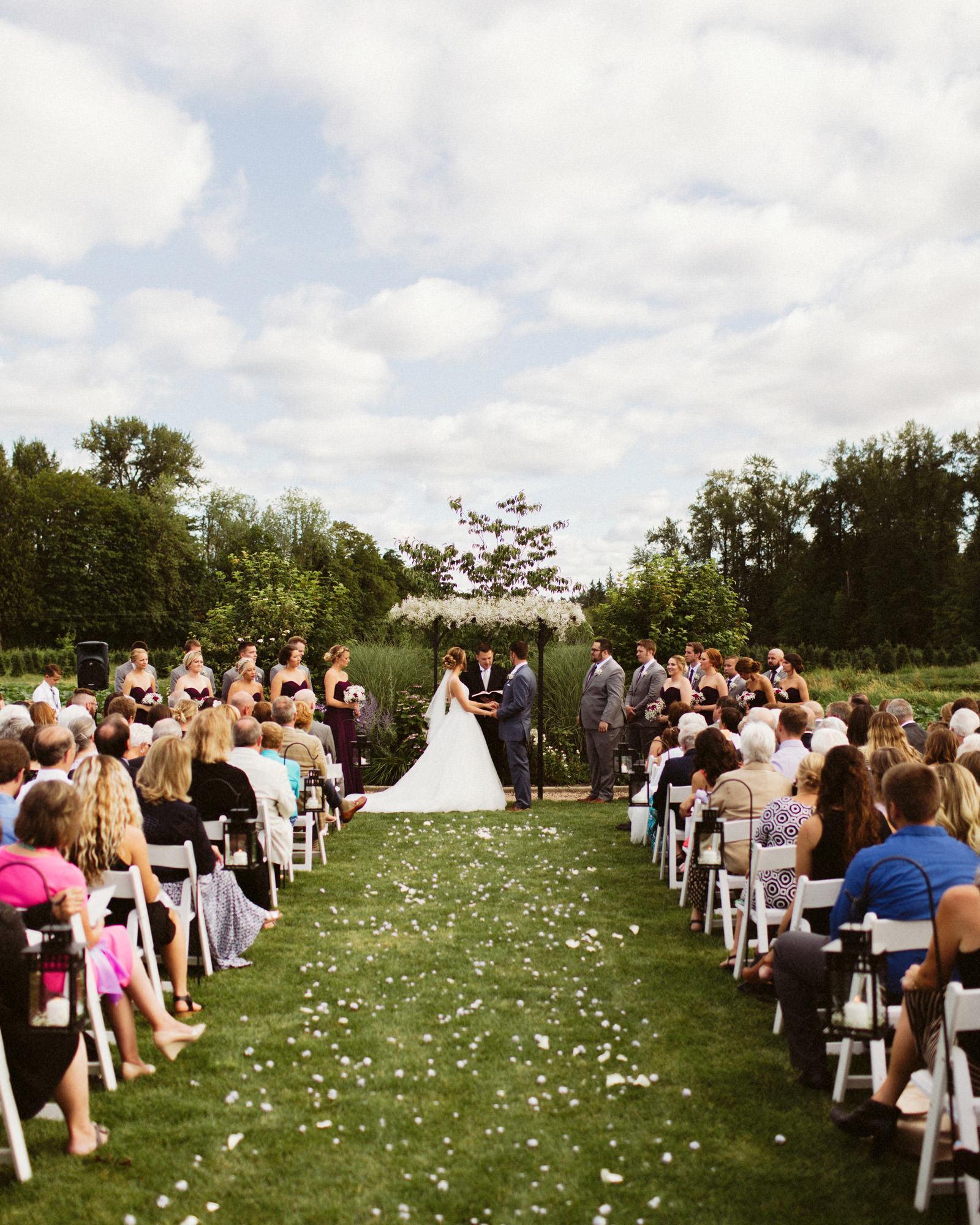 jacobregan-blog-20 SCHILLER FAMILY FARM WEDDING