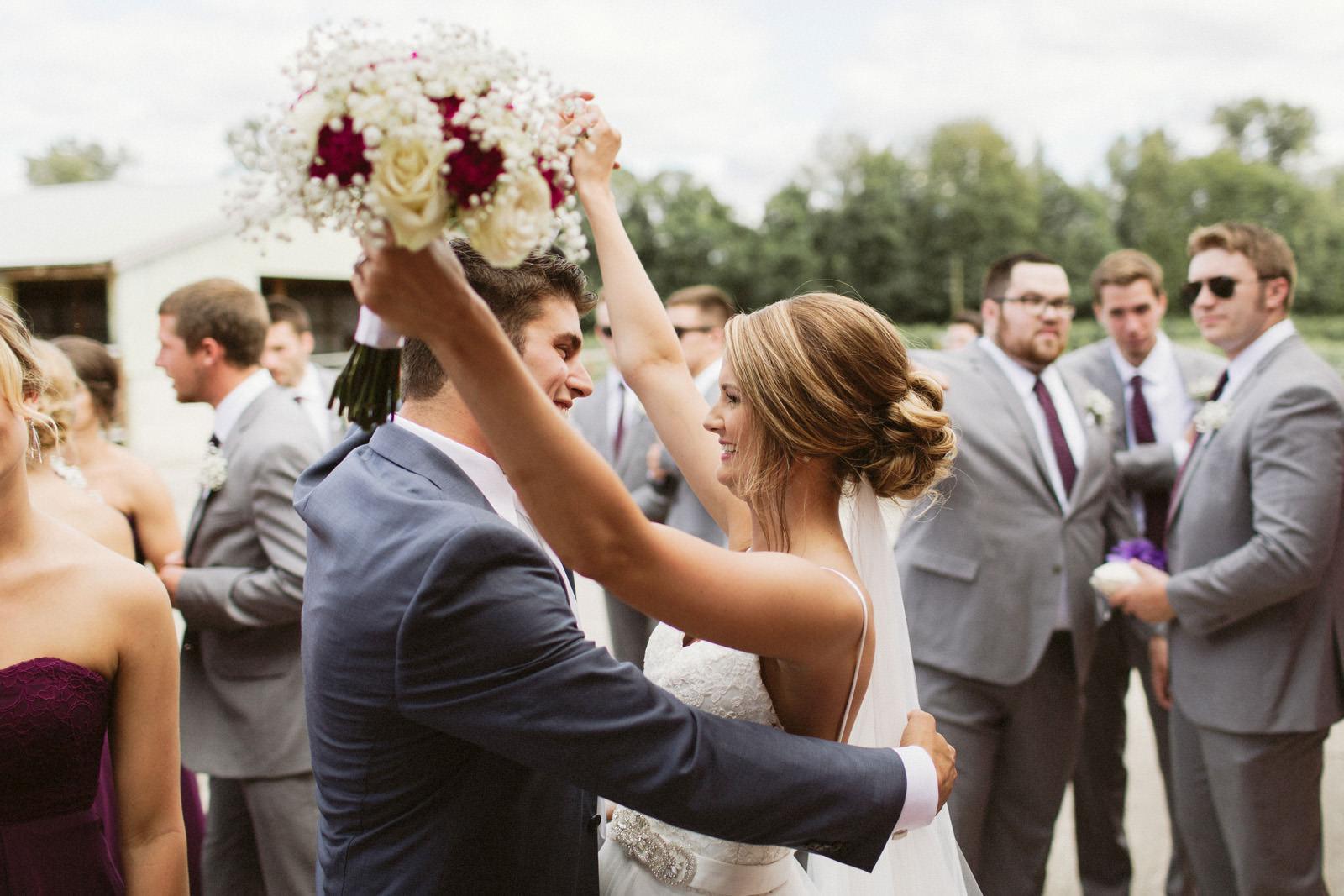 jacobregan-blog-33 SCHILLER FAMILY FARM WEDDING