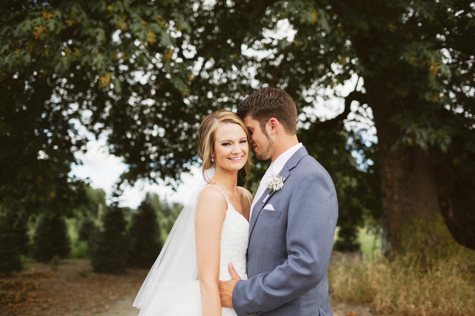 jacobregan-blog-36 SCHILLER FAMILY FARM WEDDING