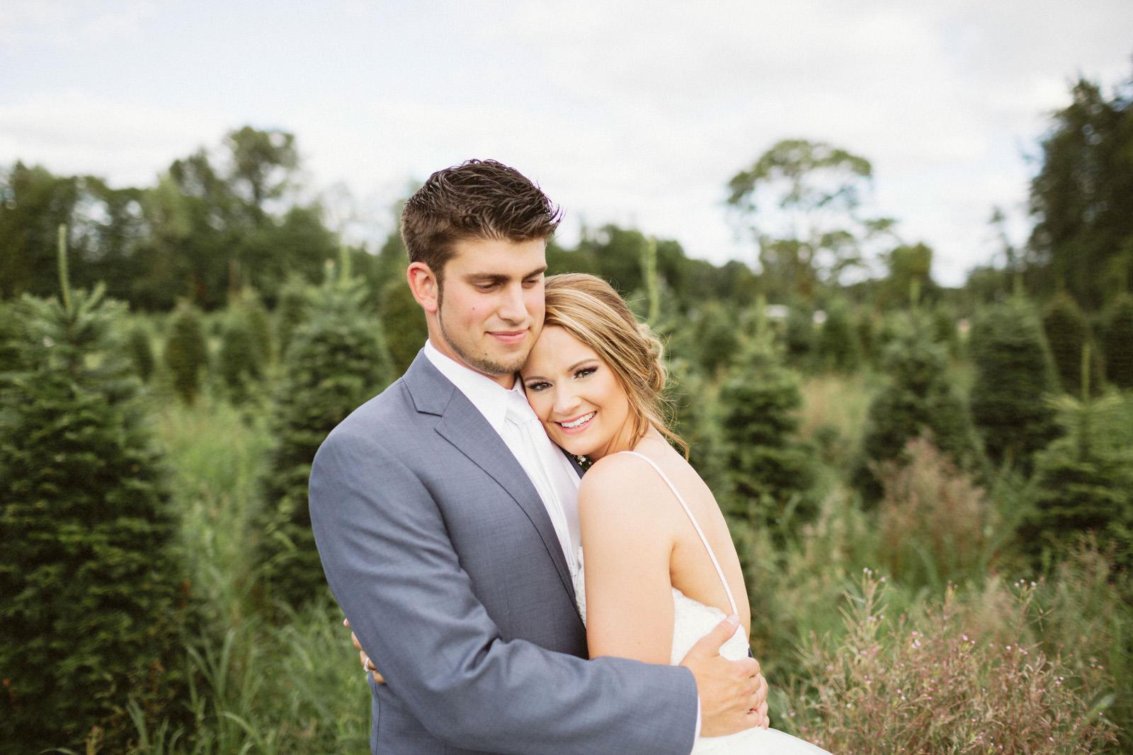 jacobregan-blog-40 SCHILLER FAMILY FARM WEDDING