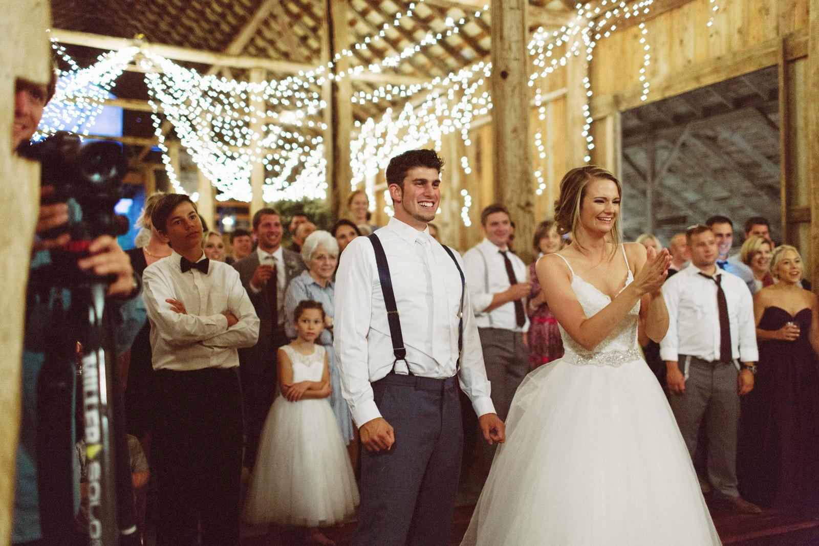 jacobregan-blog-53 SCHILLER FAMILY FARM WEDDING