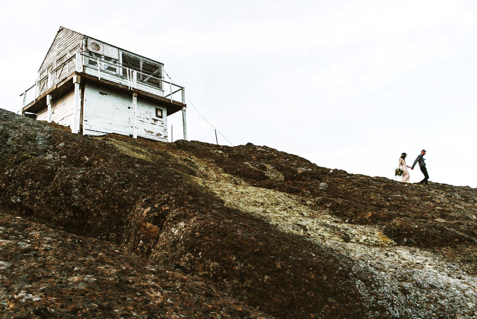 katelynnethan-blog-35 MOUNT RAINIER LOOKOUT ELOPEMENT