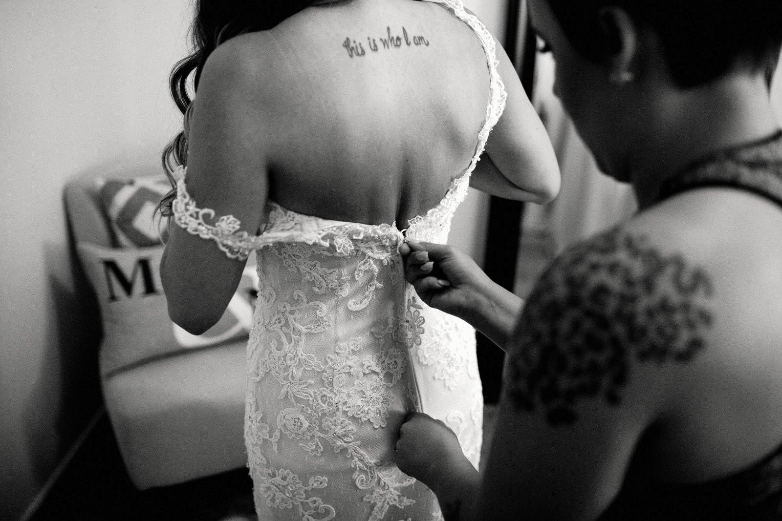 drewtiawna-blog-03 YELLOW BARN WEDDING