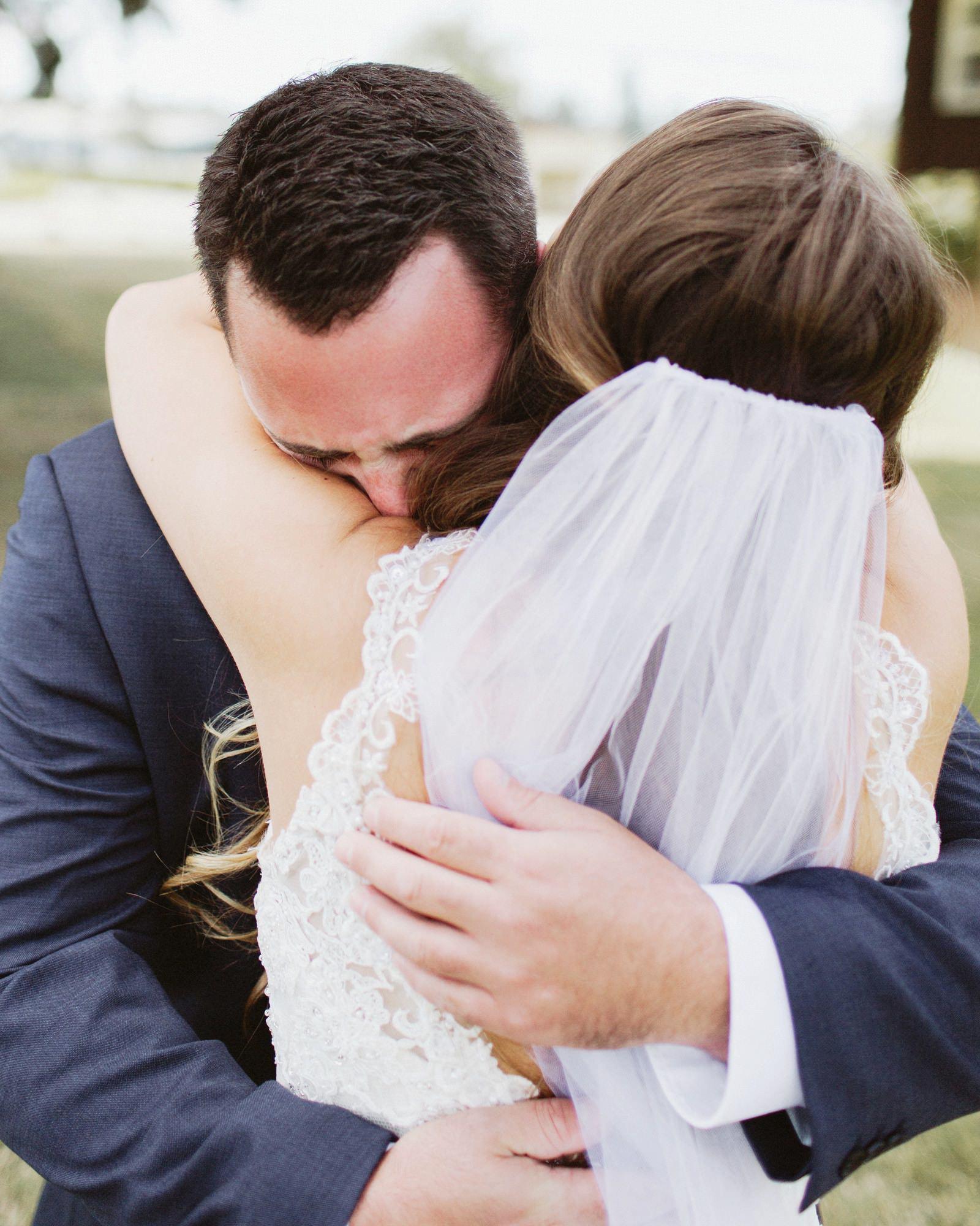 drewtiawna-blog-05 YELLOW BARN WEDDING