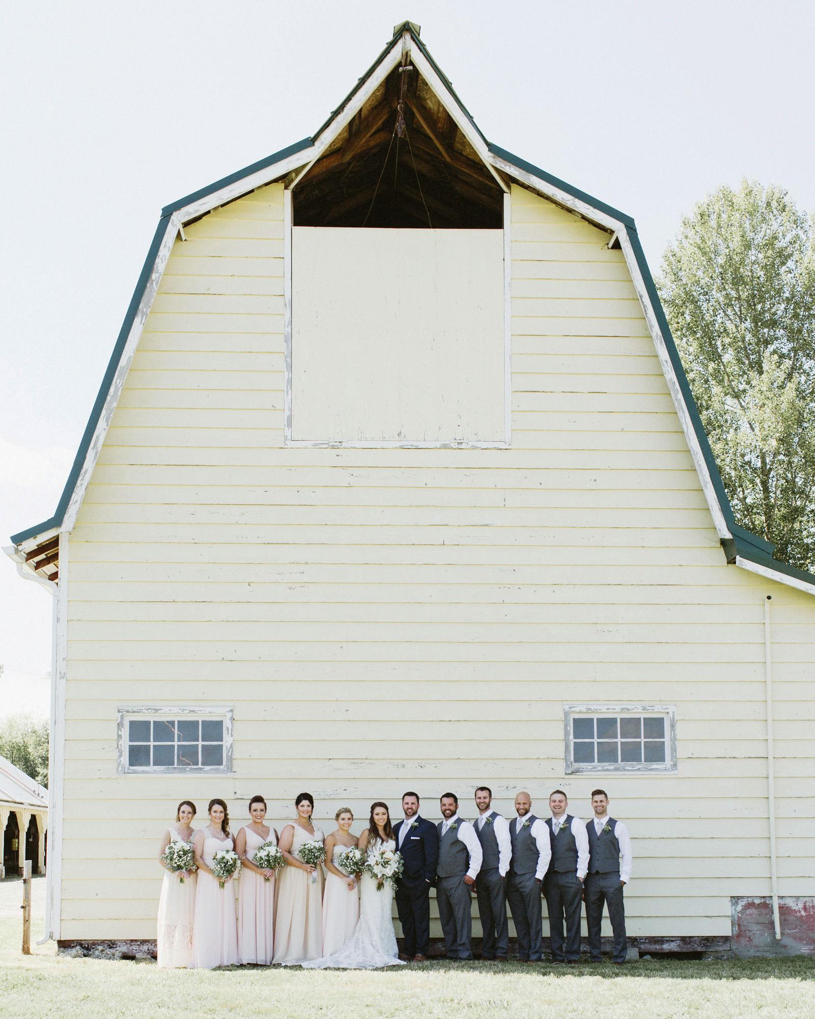 drewtiawna-blog-09 YELLOW BARN WEDDING