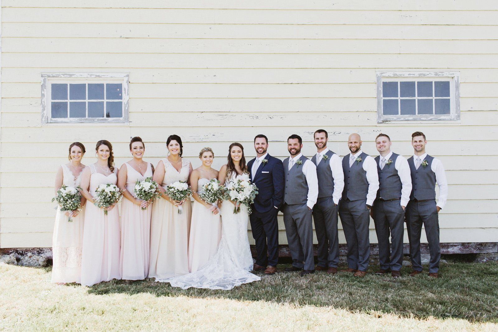 drewtiawna-blog-10 YELLOW BARN WEDDING