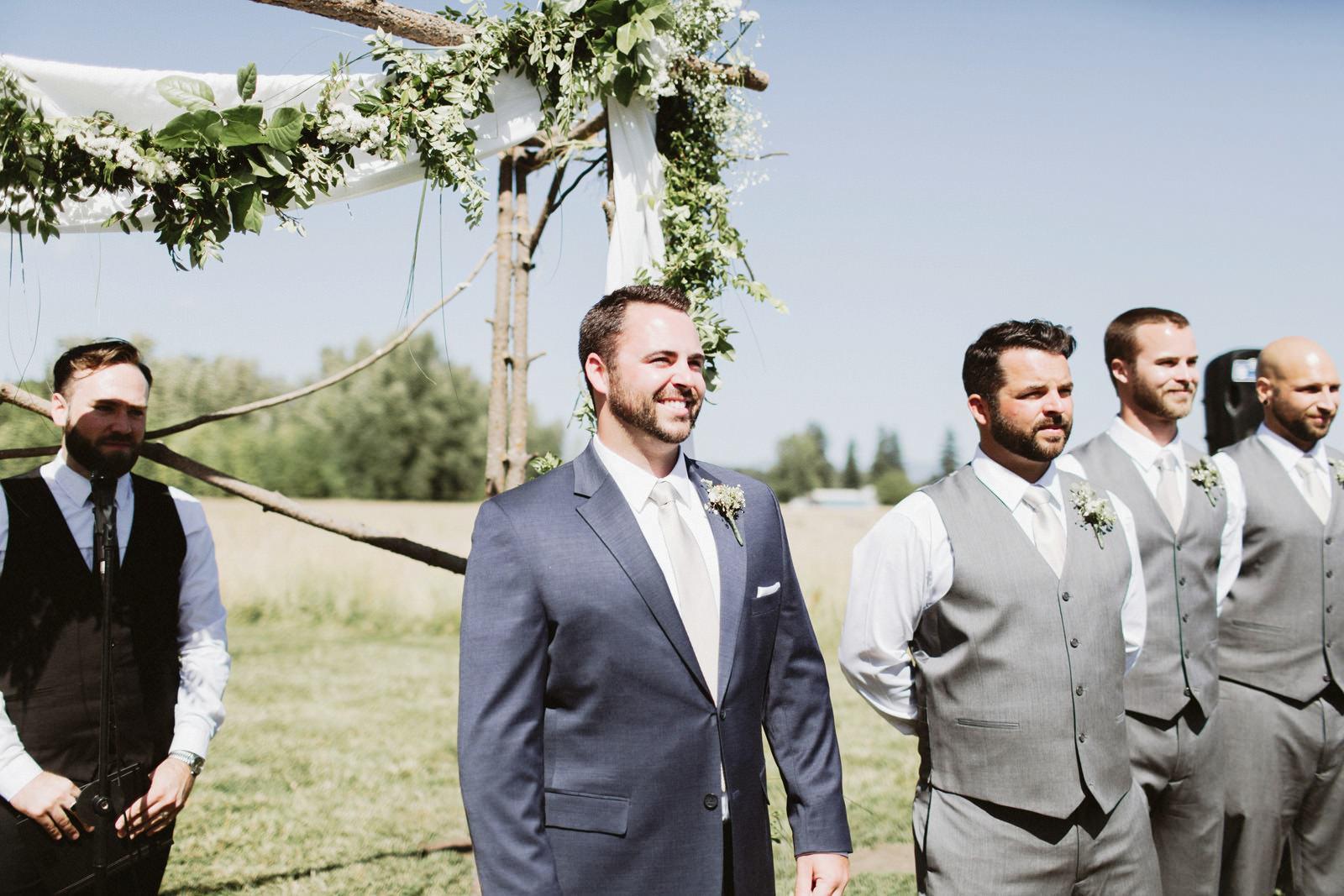 drewtiawna-blog-15 YELLOW BARN WEDDING