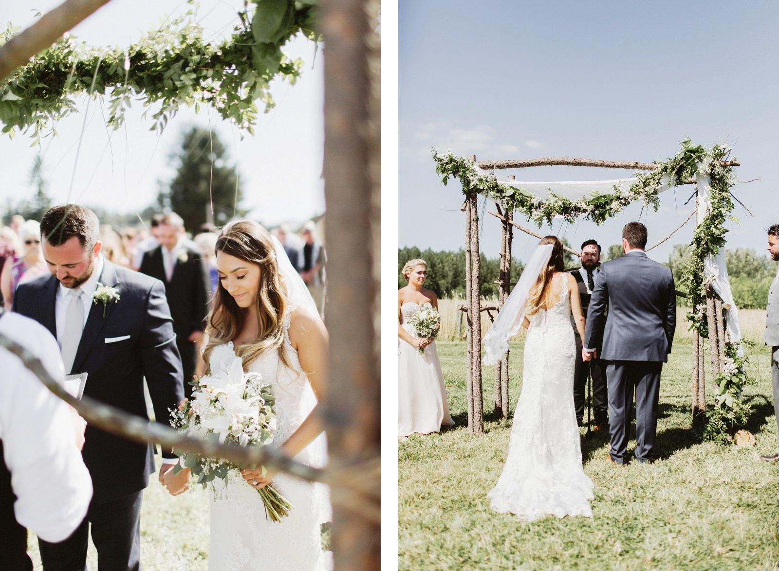 drewtiawna-blog-18 YELLOW BARN WEDDING