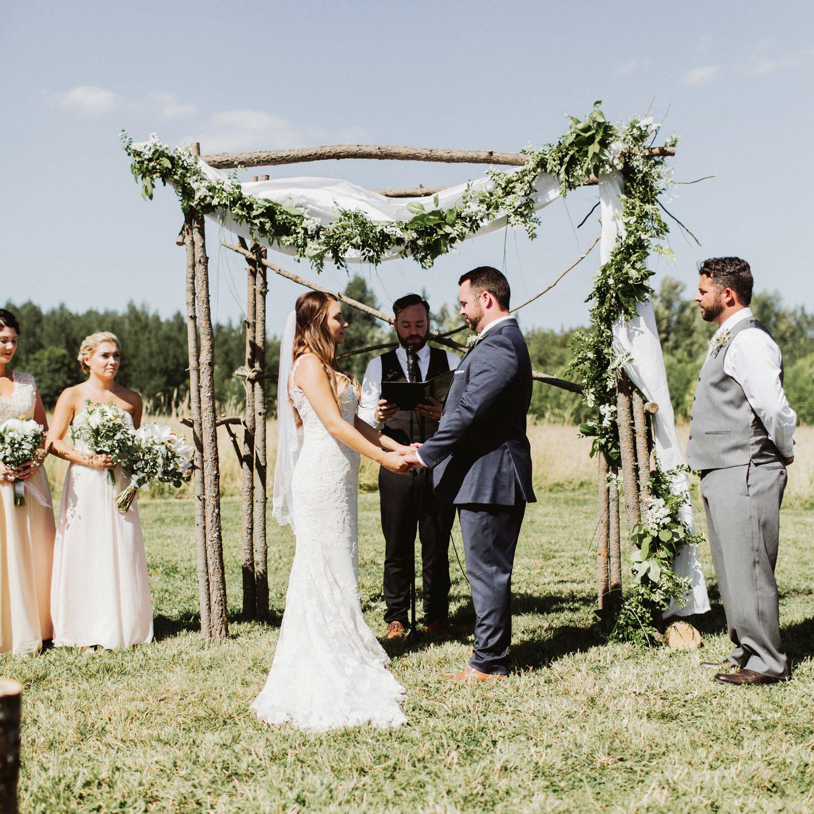 drewtiawna-blog-22 YELLOW BARN WEDDING