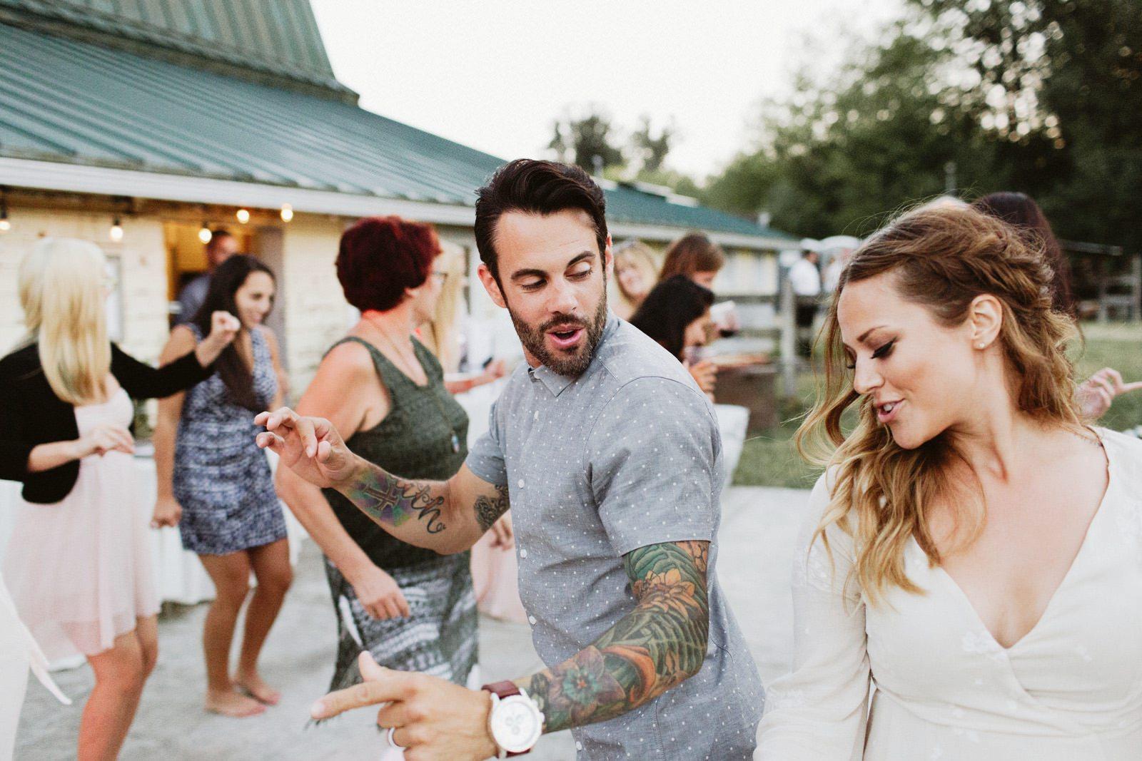drewtiawna-blog-48 YELLOW BARN WEDDING