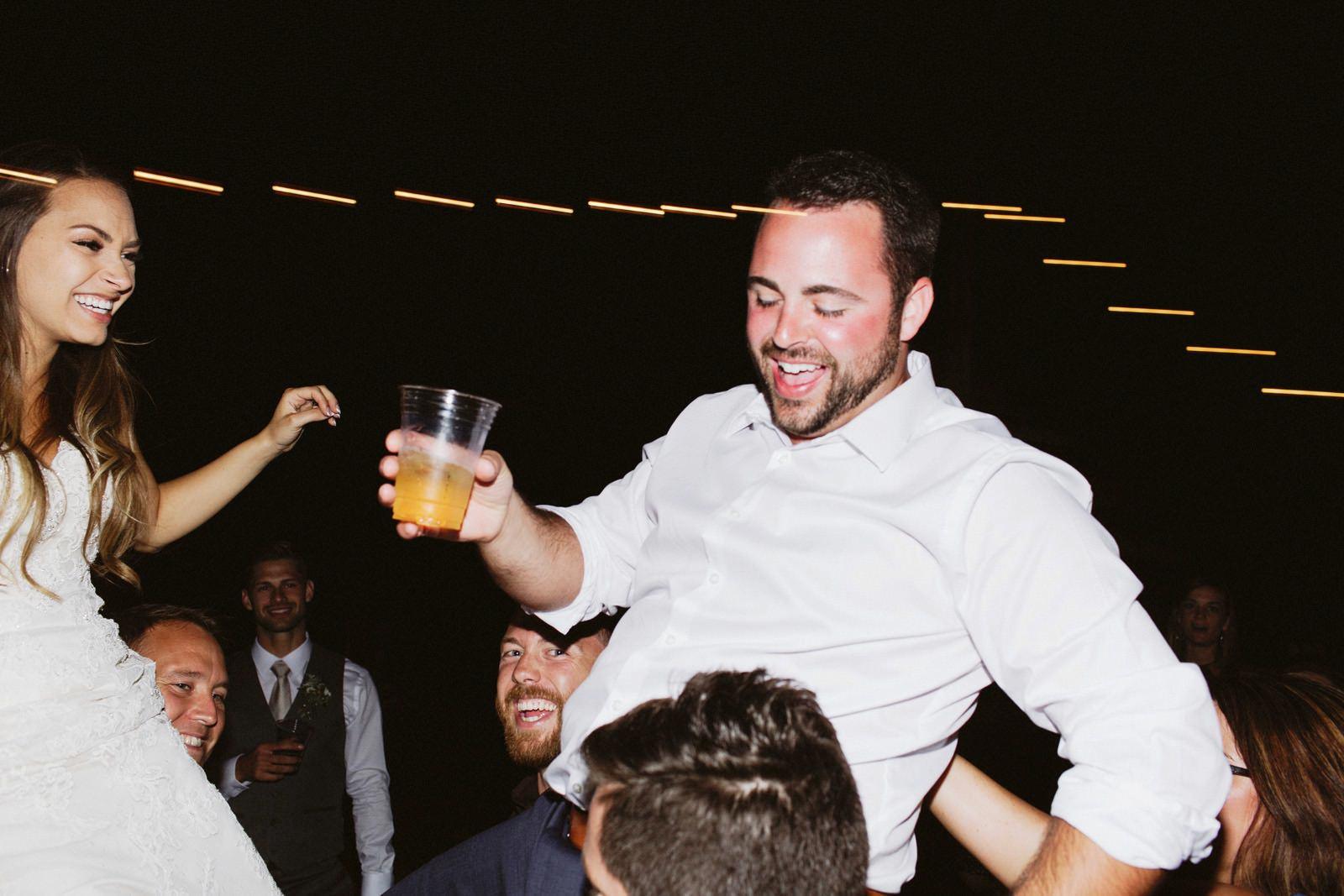 drewtiawna-blog-52 YELLOW BARN WEDDING