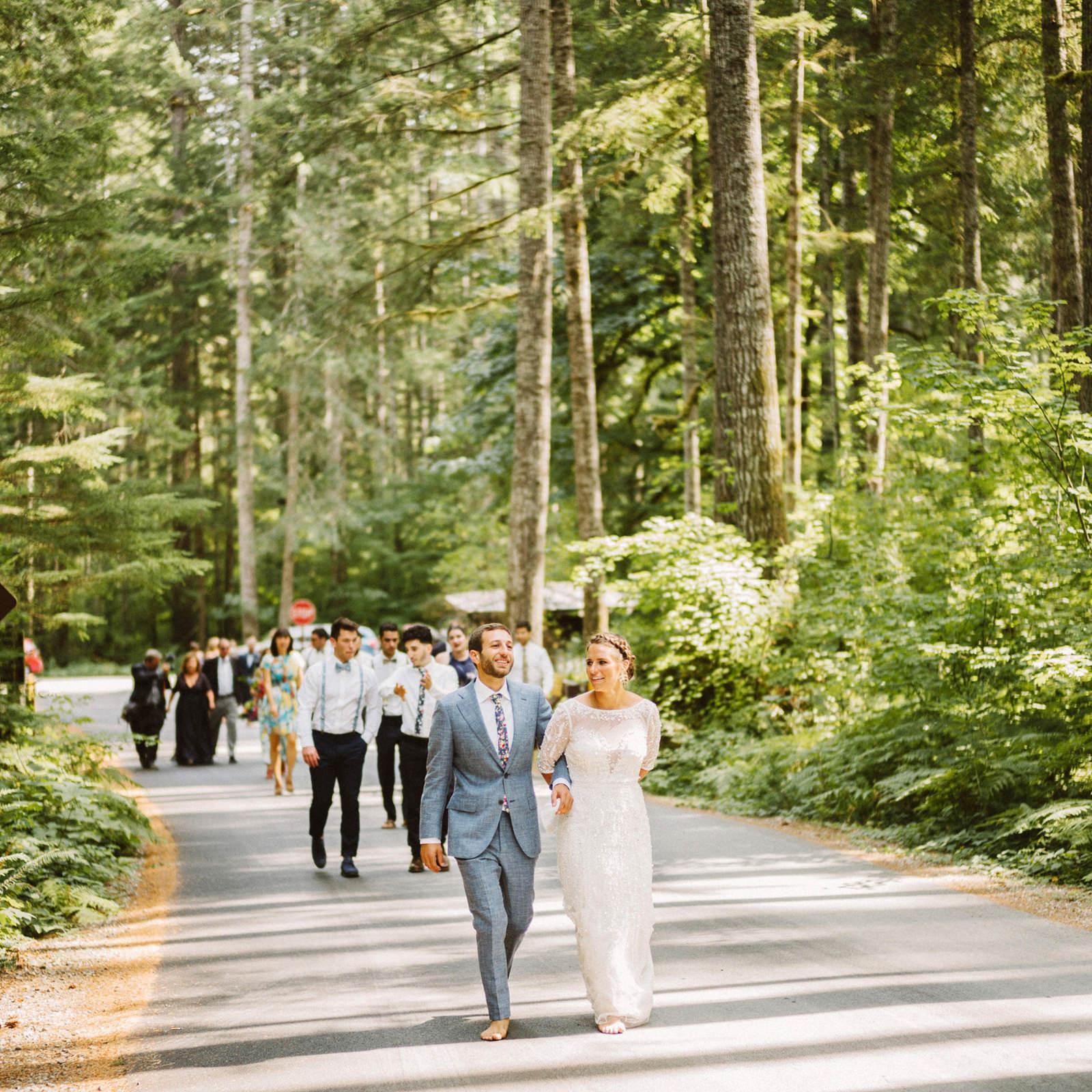 zanny-noah-038 LAKE CUSHMAN WEDDING