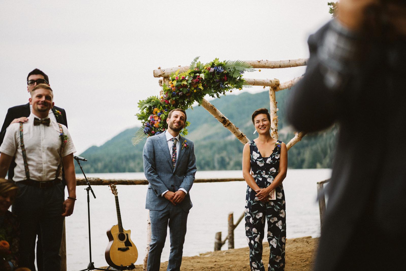 zanny-noah-052 LAKE CUSHMAN WEDDING