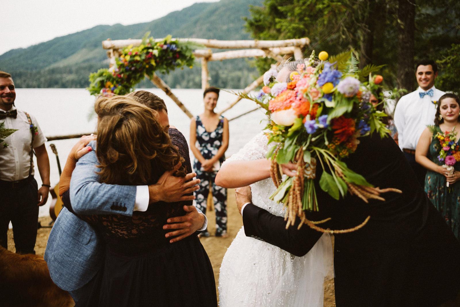 zanny-noah-059 LAKE CUSHMAN WEDDING