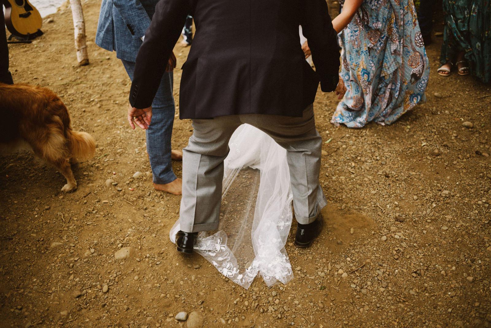 zanny-noah-060 LAKE CUSHMAN WEDDING