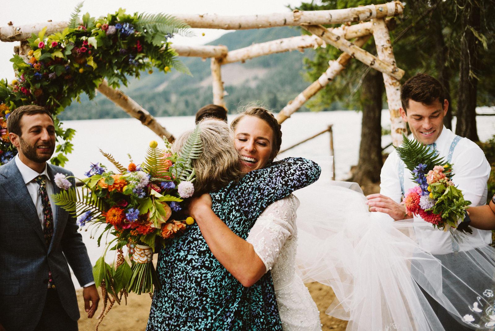 zanny-noah-063 LAKE CUSHMAN WEDDING