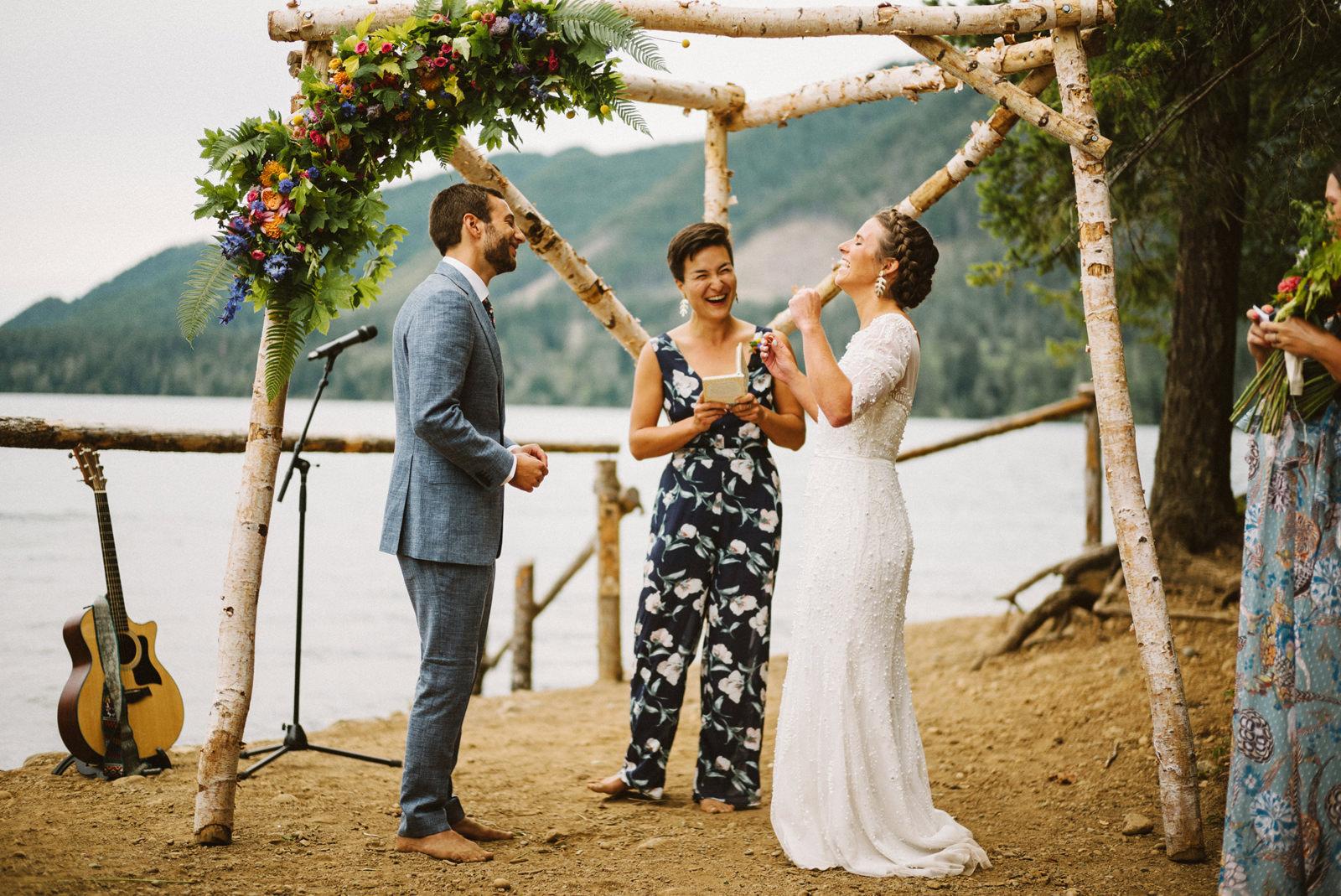 zanny-noah-080 LAKE CUSHMAN WEDDING